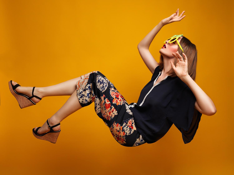 Anicca. Fashion: Zara.