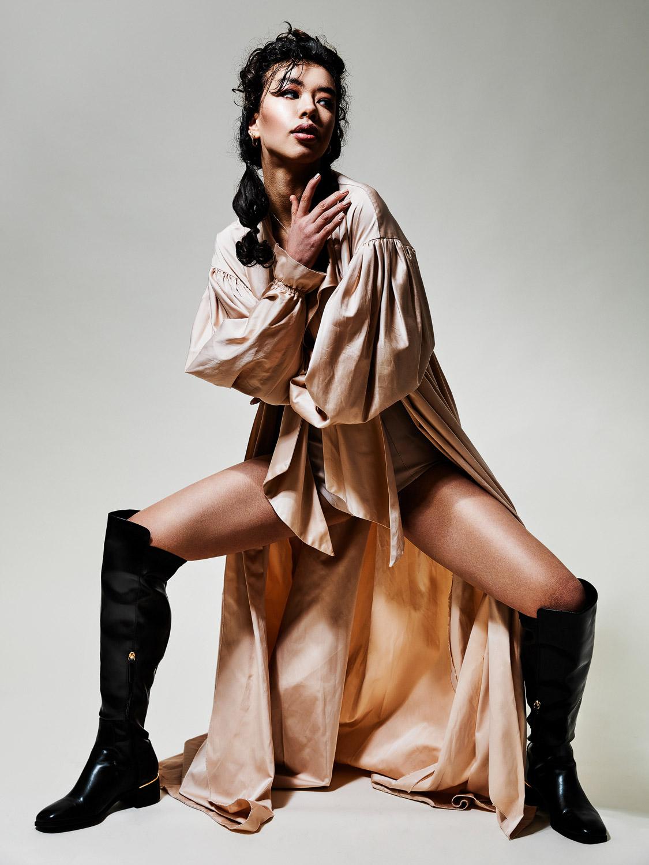 Isabella. Make-Up: Manja Mietho. Fashion: Bugaric